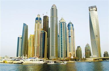 """迪拜""""公主塔""""高414米,地上101层"""